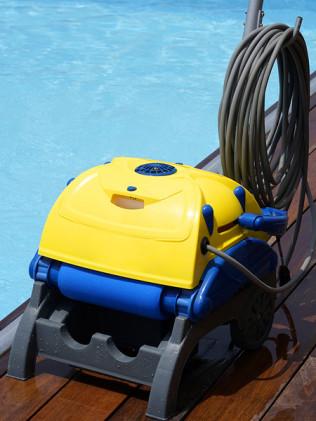 Pool Service & Repairs